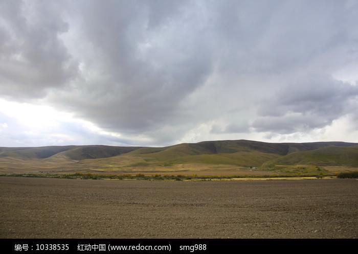 青藏高原农田 图片
