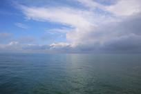 青海湖分色湖面