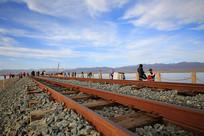 茶卡盐湖窄轨铁路
