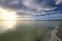 茶卡盐湖湖光山色