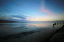 天空之境茶卡盐湖暮色