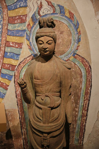 彩塑菩萨像