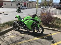 摩托车停放点