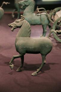 青铜马东汉