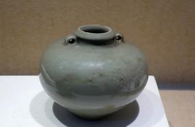 元代龙泉窑青瓷双耳小罐