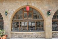 陕北拱形木雕窗户