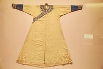 皇太极团龙纹常服袍
