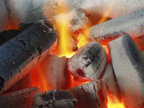 木炭火燃烧