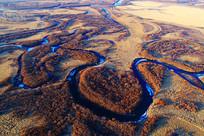 草甸弯曲河流(航拍)