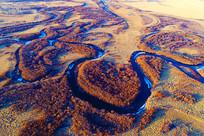 草甸弯曲河流景观(航拍)