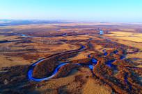 航拍早春的湿地河湾