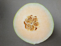 一半哈密瓜