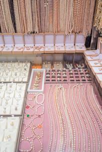 珍珠项链摊位