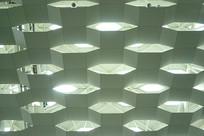 绿色机场幕墙采光隔热低碳设计
