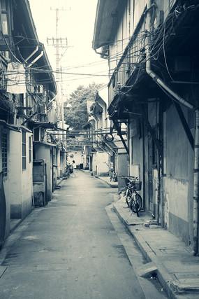安仁里街黑白