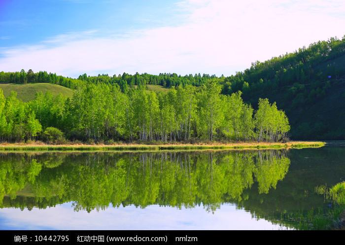 大兴安岭湖光山色风光图片