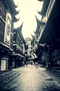 黑白清晨豫园老街