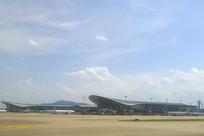 从停机坪远眺杭州机场航站楼