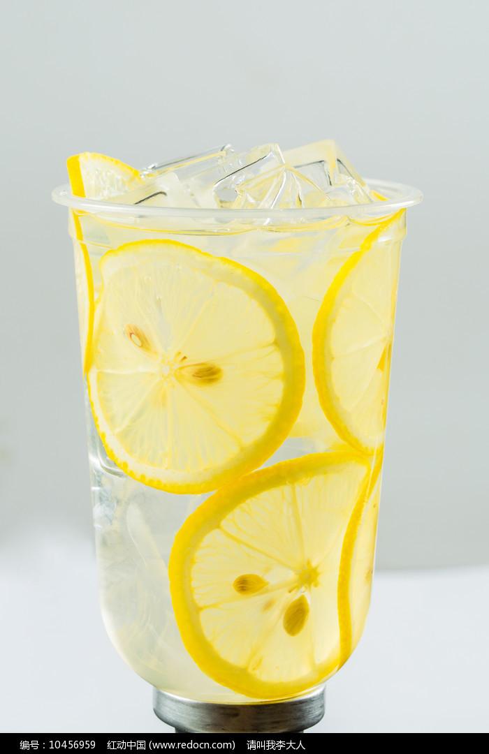 冰爽柠檬水