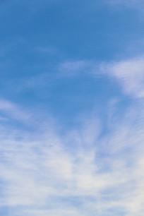 晴空万里的云