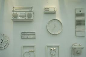 上世纪老古董家具展示文化墙