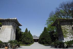 合肥包公墓园神门及石阙