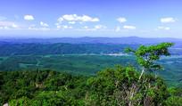 红叶谷山顶远眺