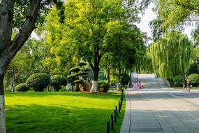 济南大明湖风景区景观