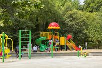 济南泉城公园游乐设施
