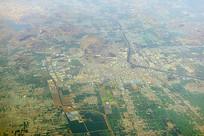 航拍吴坦河畔的山东兰陵县城