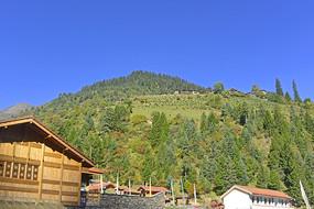 黑水三达古村之一的中达古藏寨