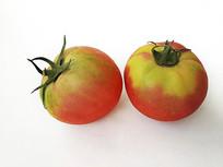 两个青红番茄