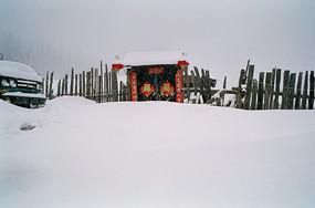 雪天农家院