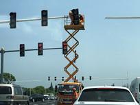 交通信号灯安装横构图