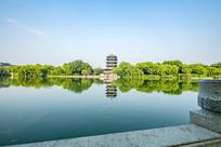 济南大明湖风景如画