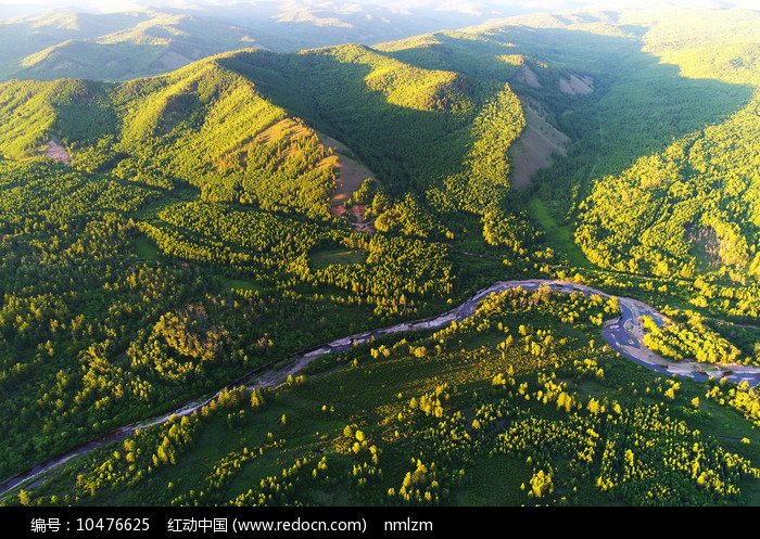 大兴安岭山林河流(航拍)图片
