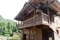 农村木质房子