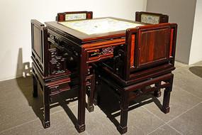 清代嵌彩瓷面板红木八仙桌椅