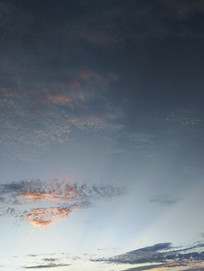蓝色天际云