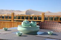 敦煌风景和茶具