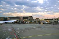 傍晚的欧洲德国法兰克福机场