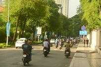 越南西贡街道的摩托车