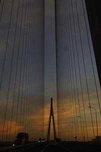 夜空斜拉桥