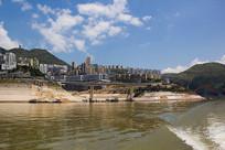 发展中的巫山县城