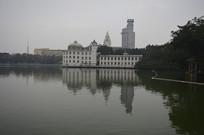 公园白宫式酒店