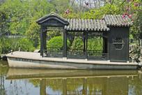 合肥包河公园的莲舫
