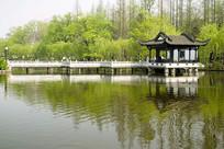 合肥包河公园的曲榭亭桥景点
