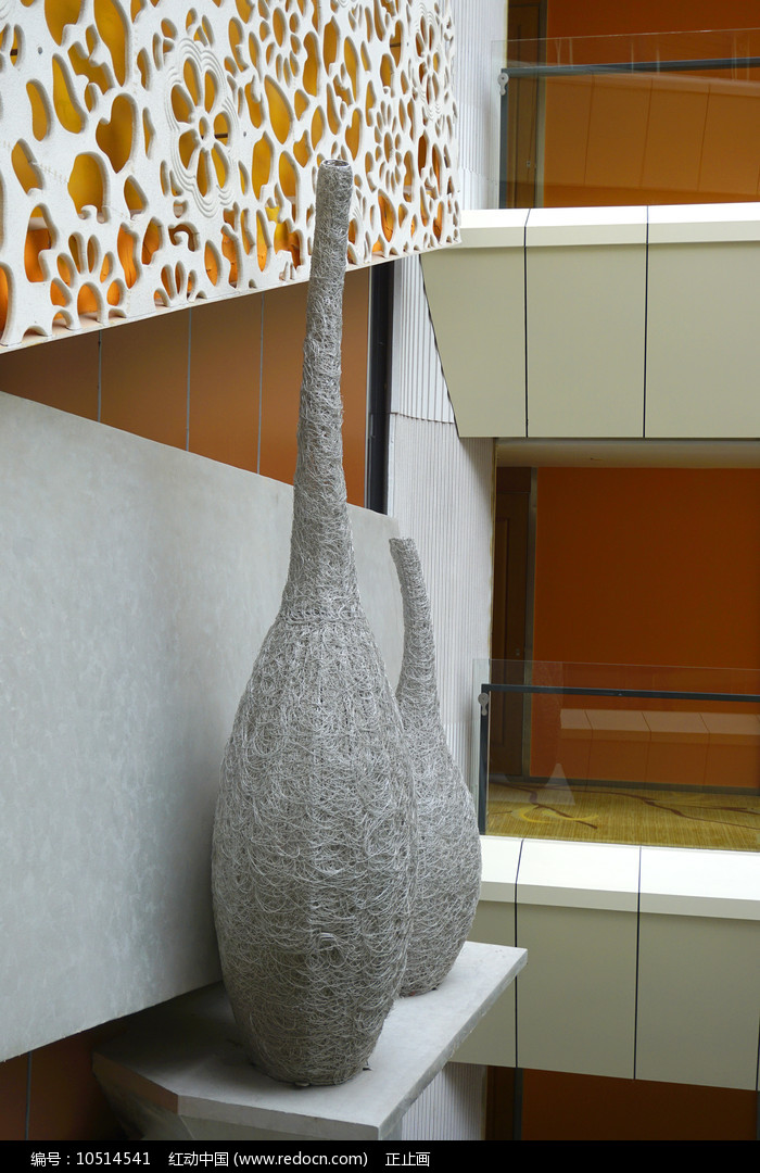 天井式建筑墙面装饰及雕塑摆件  图片