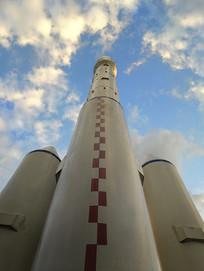 发射航天火箭