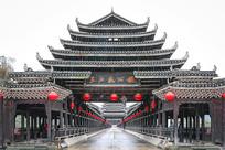 三江风雨桥桥头